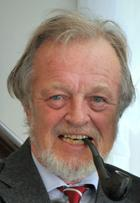 Bernard Cornwell photo